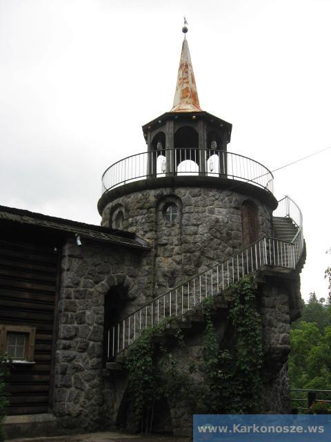 """Wieża koło """"Perły Zachodu"""""""